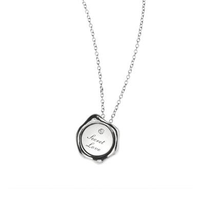 SecretStone Seal Design Pendant _Diamond