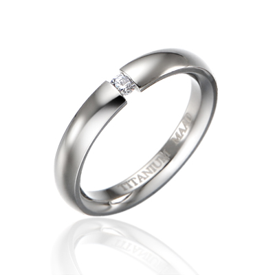 TitaniumGold 잉글리쉬헤로스 텐션밴드 티타늄반지 (4mm)_Titanium & Cubic zirconia