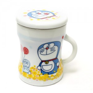 [OUTLET] 도라에몽 화이트 덥개형 머그컵