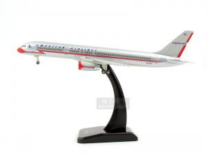 1/200 B757-200 AMERICAN AIRLINES (HG361493SI)