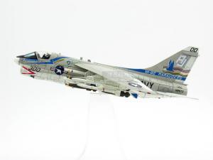 1/72 A-7E CORSAIR II VA-82 MARAUDERS AJ300 1978 한정판 (CE589292BG)