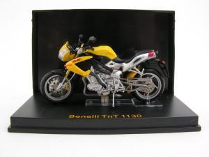 1/24 Benelli TnT 1130 2004 (IX330850YE)