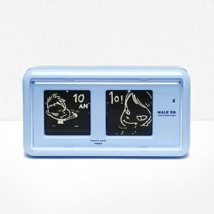 요시토모나라 Flip Clock Walk On 시계 (Blue)