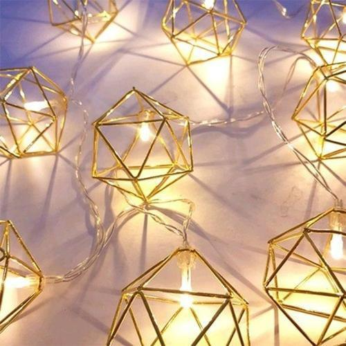 우아하게 빛나는 골드 LED 조명 가랜드 장식소품